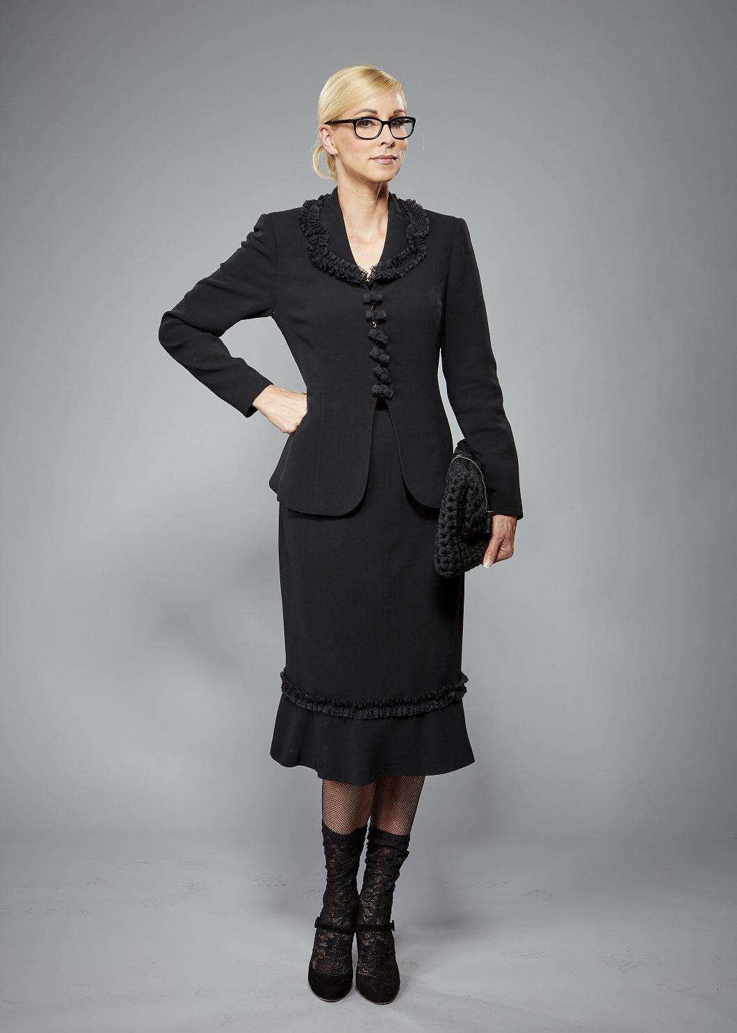 Business Kostüm schwarz, Haute-Couture-Anfertigung